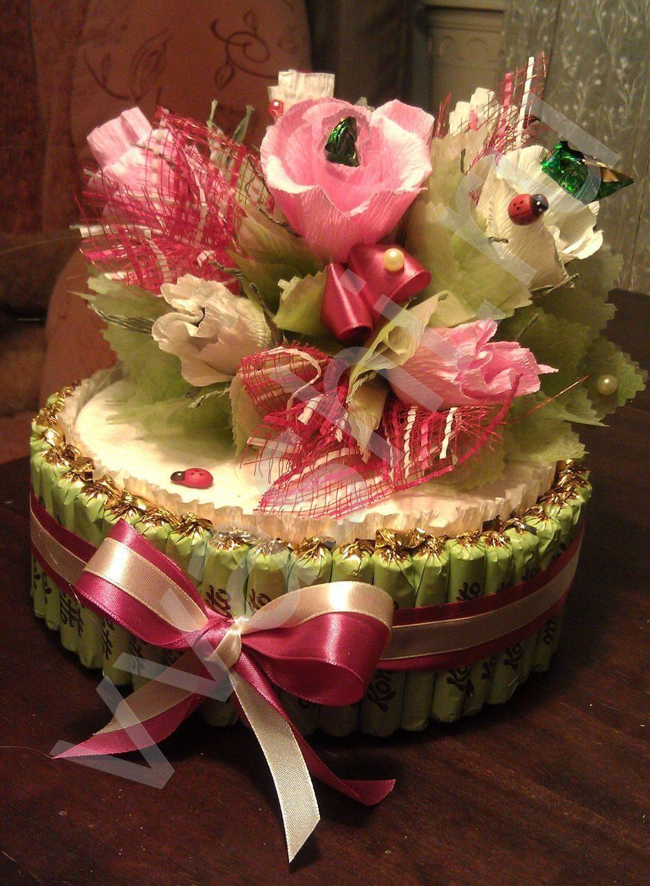 Торт из пенопласта и конфет своими руками