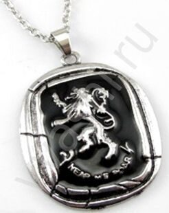 """GAME OF THRONES""/""ИГРА ПРЕСТОЛОВ"". ОЖЕРЕЛЬЕ.  Game of Thrones House Lannister Golden Lion. A Song of Ice and Fire. МЕТАЛЛ, ЭМАЛЬ. РАЗМЕРЫ КУЛОНА ОКОЛО 5 СМ Х 3,5 СМ."